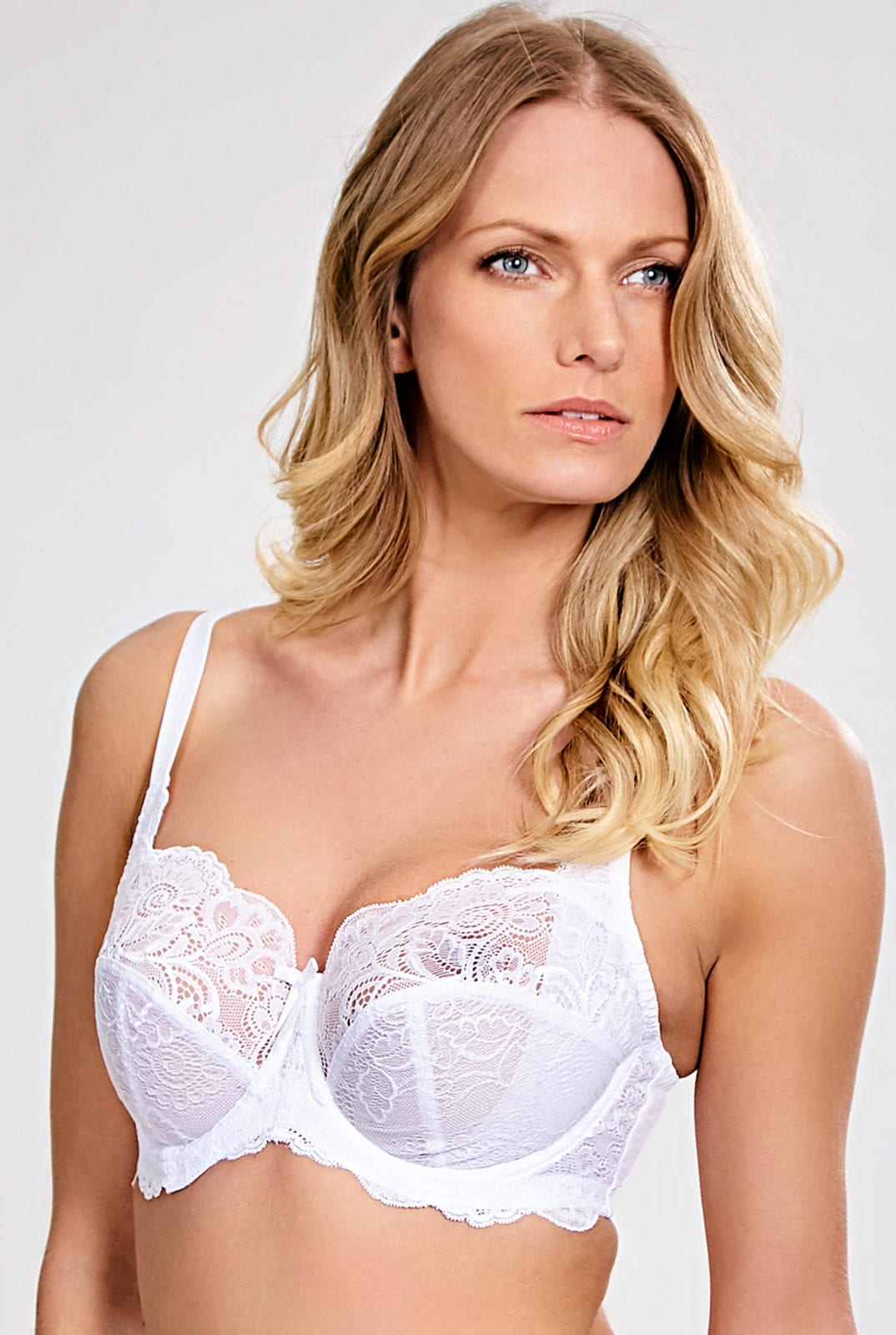 Бюстгальтеры 5675_338_Andorra Full Cup Bra White Front Trade 1