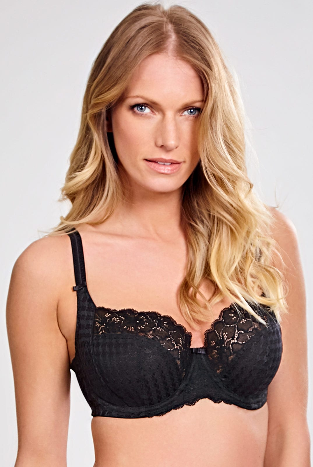 Бюстгальтеры 7285_013_Envy Balconnet Bra Black Front Trade 1