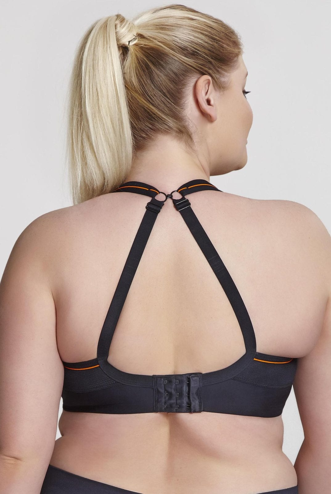 Базовое спортивное белье 9441_013_Non Padded Sports Bra Black Back Trade 4