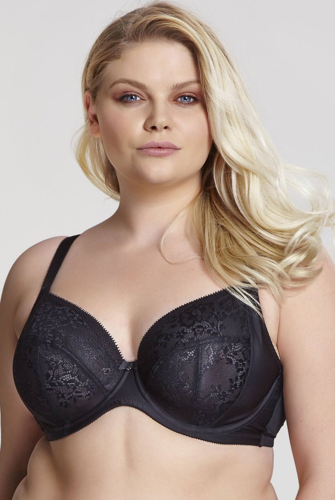Базовое белье 9586_013_Roxie Plunge Bra Black Front Trade 1